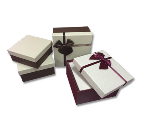 FG-831 - Big Gift Box With Ribbon